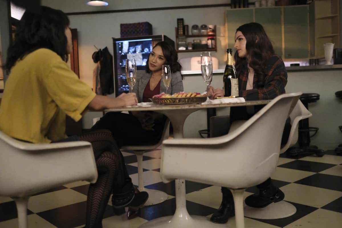 """THE FLASH Season 7 Episode 12 -- """"Good-Bye Vibrations"""" -- Image Number: FLA712a_0281r.jpg -- Pictured: Victoria Park as Kamilla, Candice Patton as Iris West - Allen and Kayla Compton as Allegra -- Photo: Bettina Strauss/The CW -- © 2021 The CW Network, LLC. All Rights Reserved.Photo Credit: Bettina Strauss"""