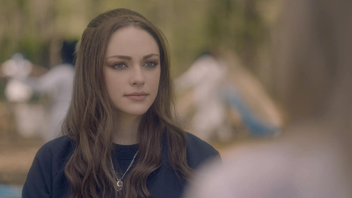 """LEGACIES Season 3 Episode 14-- """"This Feels a Little Cult-y"""" -- Image Number: LGC314fg_0047r -- Pictured: Danielle Rose Russell as Hope Mikaelson -- Photo: The CW -- © 2021 The CW Network, LLC. All Rights Reserved."""