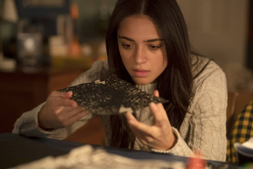 """MANIFEST Season 3 Episode 13 -- """"MAYDAY PART: 2"""" Episode 313 -- Pictured: Luna Blaise as Olive Stone -- (Photo by: Peter Kramer/NBC)"""