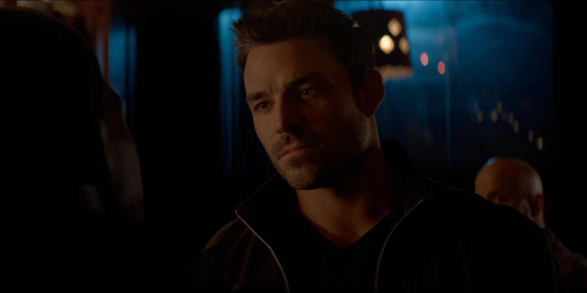 """BATWOMAN Season 2 Episode 16 -- """"Rebirth"""" -- Image Number: BWN216fg_0024r -- Pictured:  Jesse Hutch as Agent Russell Tavaroff  -- Photo: The CW -- © 2021 The CW Network, LLC. All Rights Reserved."""