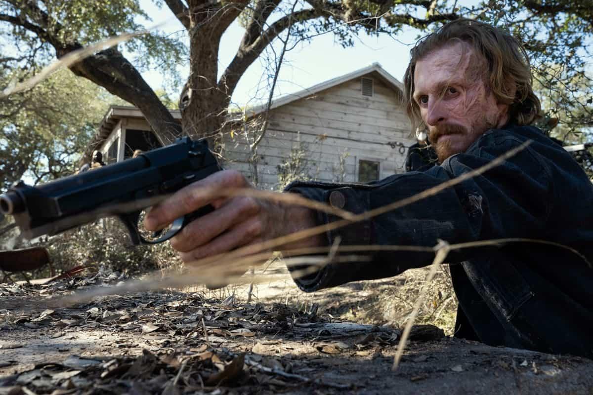 FEAR THE WALKING DEAD Season 6 Episode 16 Austin Amelio as Dwight - Fear the Walking Dead _ Season 6, Episode 16 - Photo Credit: Ryan Green/AMC