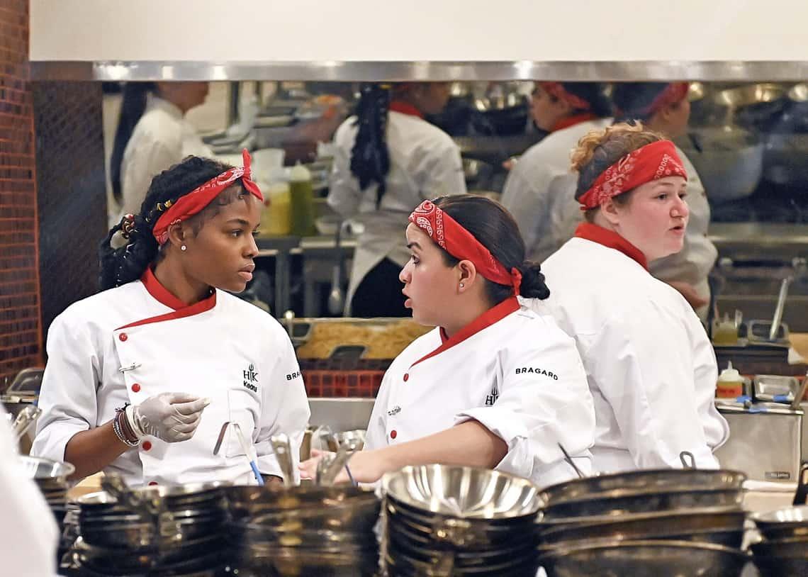 HK2002 dinnerservice 000185017 f