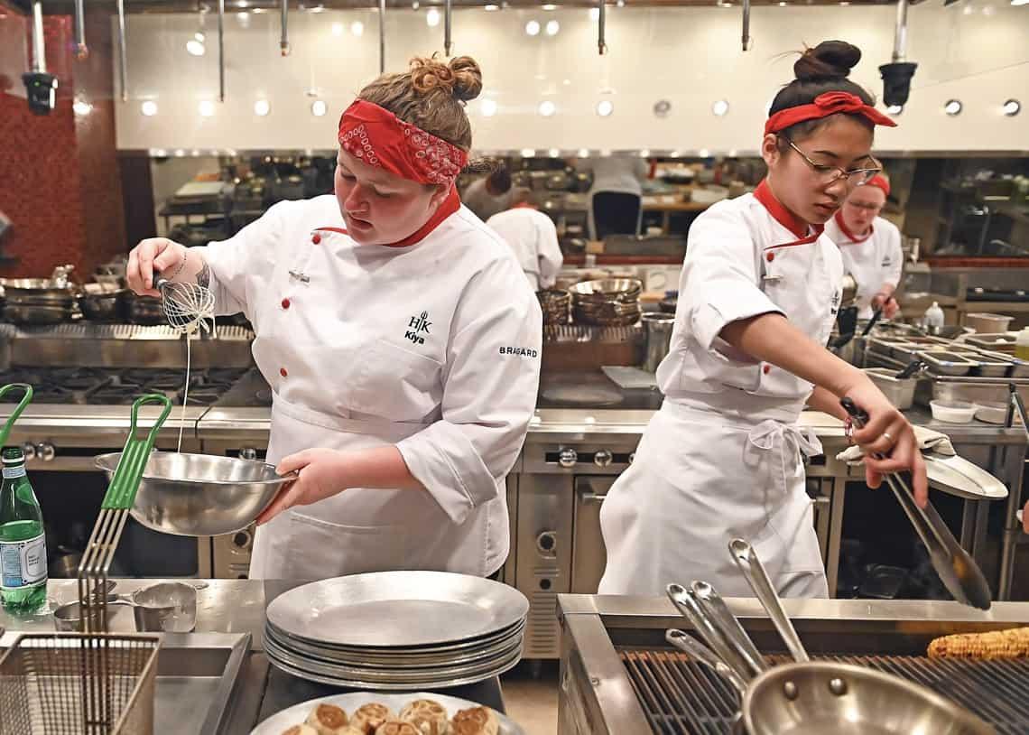 HK2002 dinnerservice 000184406 f