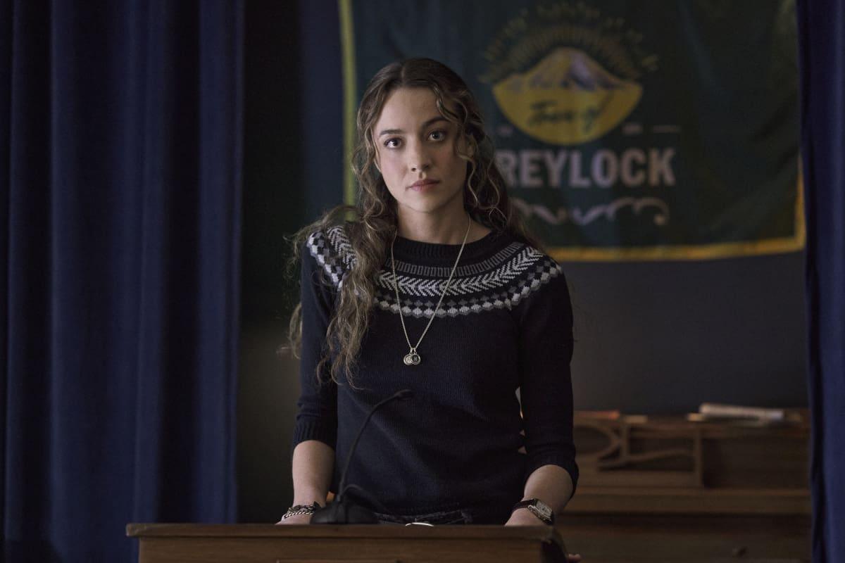 THE REPUBLIC OF SARAH Season 1 Episode 1 Photos Pilot