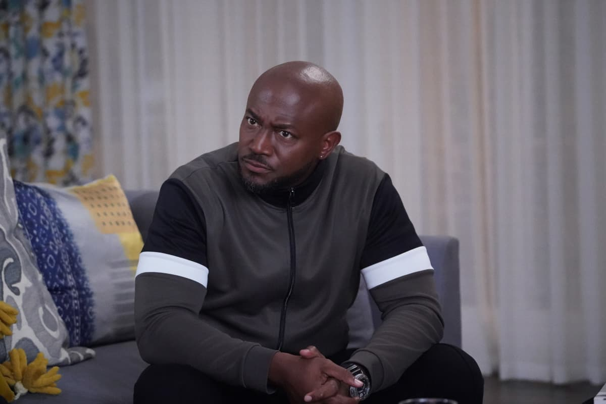 """ALL AMERICAN Season 3 Episode 14 -- """"Ready or Not"""" -- Image Number: ALA314b_0178r.jpg -- Pictured: Taye Diggs as Billy -- Photo: Bill Inoshita/The CW -- © 2021 The CW Network, LLC. All Rights Reserved"""