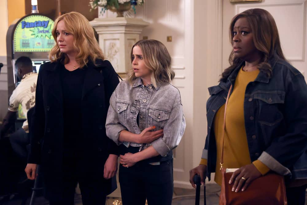 """GOOD GIRLS Season 4 Episode 11 -- """"Put It All On Two"""" Episode 411 -- Pictured: (l-r) Christina Hendricks as Beth Boland, Mae Whitman as Annie Marks, Retta as Rubby Hill -- (Photo by: Jordin Althaus/NBC)"""