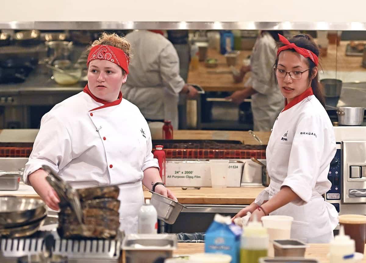 HK2006 dinnerservice 0001112249 f