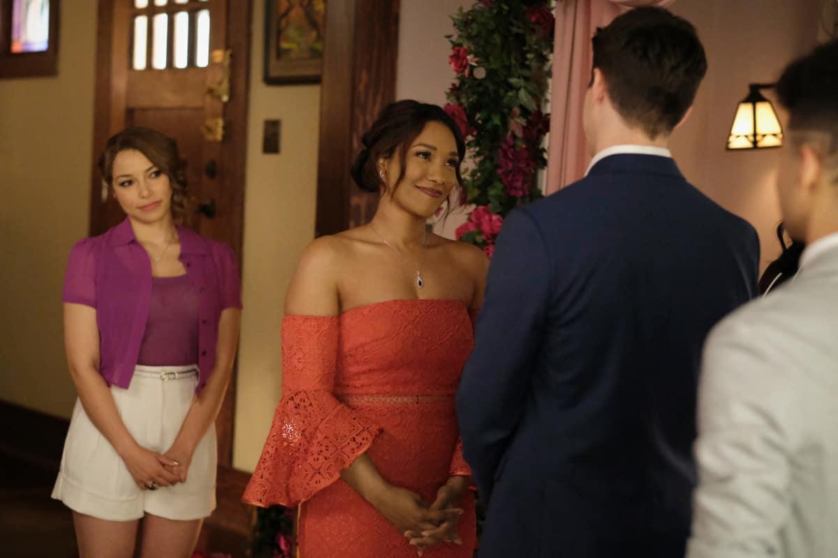 """THE FLASH Season 7 Episode 18 -- """"Heart of the Matter, Part 2"""" -- Image Number: FLA718a_0199r.jpg -- Pictured (L-R): Jessica Parker Kennedy as Nora/XS and Candice Patton as Iris West - Allen -- Photo: Bettina Strauss/The CW -- © 2021 The CW Network, LLC. All Rights Reserved"""