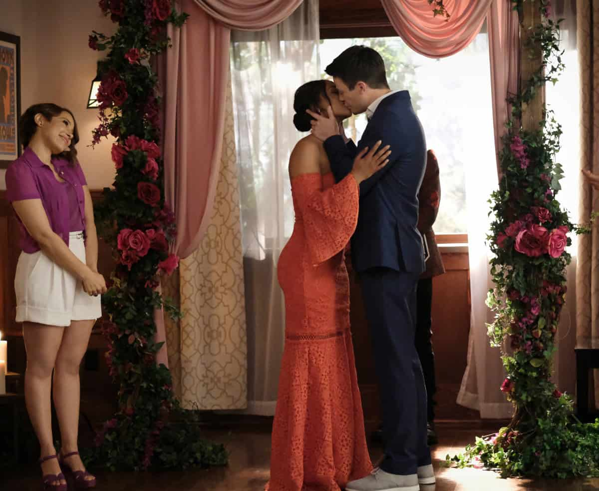 """THE FLASH Season 7 Episode 18 -- """"Heart of the Matter, Part 2"""" -- Image Number: FLA718a_0148r.jpg -- Pictured (L-R): Jessica Parker Kennedy as Nora/XS, Candice Patton as Iris West - Allen and Grant Gustin as Barry Allen -- Photo: Bettina Strauss/The CW -- © 2021 The CW Network, LLC. All Rights Reserved"""