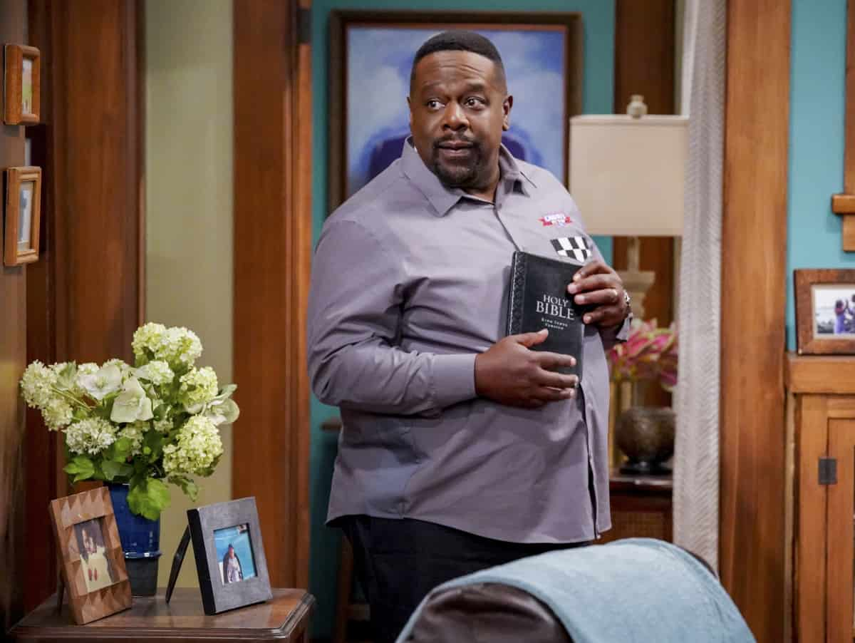 """THE NEIGHBORHOOD Season 4 Episode 1 """"Welcome to the Family"""" - Pictured: Cedric the Entertainer (Calvin Butler). When Dave starts researching his genealogy, he makes a surprising discovery: He and Calvin are more than just neighbors. Also, Tina offers to help Gemma when she's overcome with morning sickness, and inadvertently stumbles on a new business idea, on the fourth season premiere of THE NEIGHBORHOOD, Monday, Sept. 20 (8:00-8:30 PM, ET/PT) on the CBS Television Network and available to stream live and on demand on the CBS app and Paramount+. Photo: Monty Brinton/CBS ©2021 CBS Broadcasting, Inc. All Rights Reserved."""