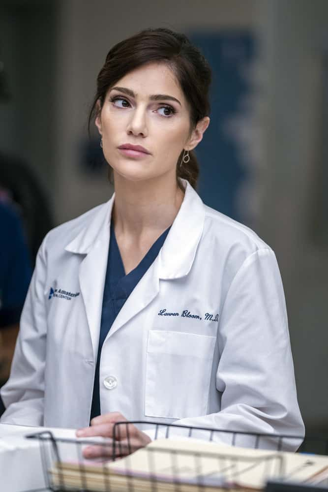 """NEW AMSTERDAM Season 4 Episode 1 -- """"More Joy"""" Episode 401 -- Pictured: Janet Montgomery as Dr. Lauren Bloom -- (Photo by: Zach Dilgard/NBC)"""