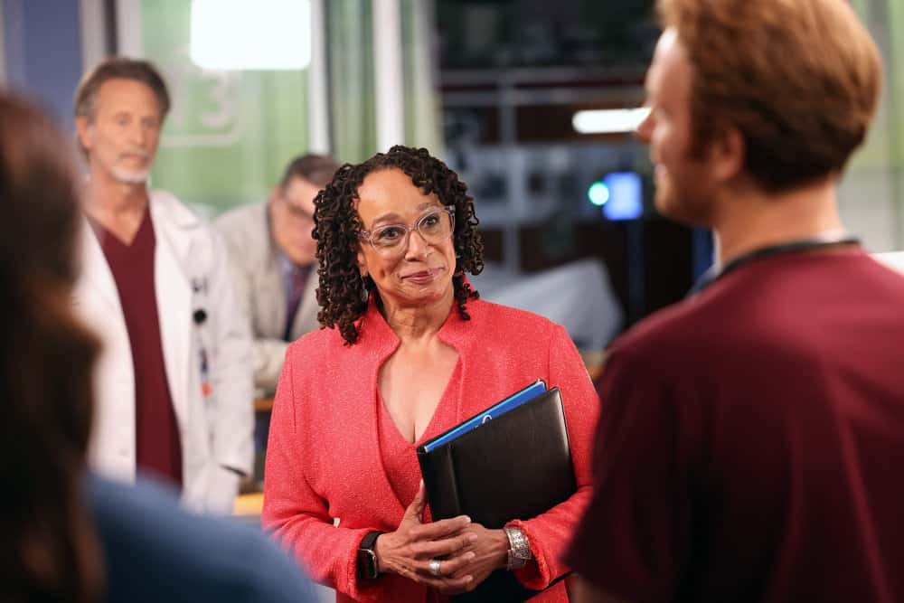 """CHICAGO MED Season 7 Episode 1 -- """"You Can't Always Trust What You See"""" Episode 701 -- Pictured: (l-r) S. Epatha Merkerson as Sharon Goodwin -- (Photo by: George Burns Jr/NBC)"""
