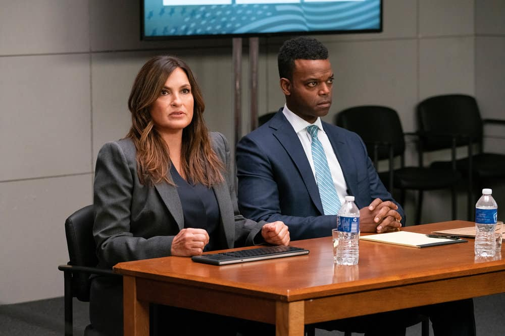 """LAW AND ORDER SVU Season 23 Episode 1 -- """"And the Empire Strikes Back"""" Episode 23001 -- Pictured: (l-r) Mariska Hargitay as Captain Olivia Benson, Demore Barnes as Deputy Chief Christian Garland -- (Photo by: Bennett Raglin/NBC)"""