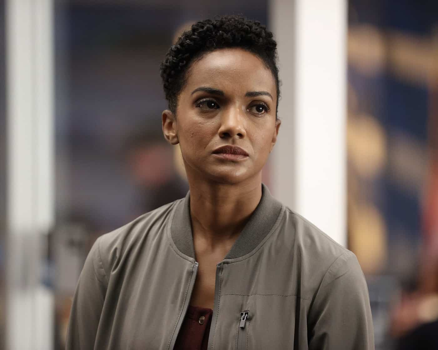 """THE ROOKIE Season 4 Episode 1 - """"Life and Death"""" – Officer Nolan and the entire team race against the clock to locate Lopez after she is kidnapped on her wedding day, not only to save her life but her unborn child's, on the season four premiere of """"The Rookie,"""" SUNDAY, SEPT. 26  (10:00-11:00 p.m. EDT), on ABC. (ABC/Raymond Liu) MEKIA COX"""