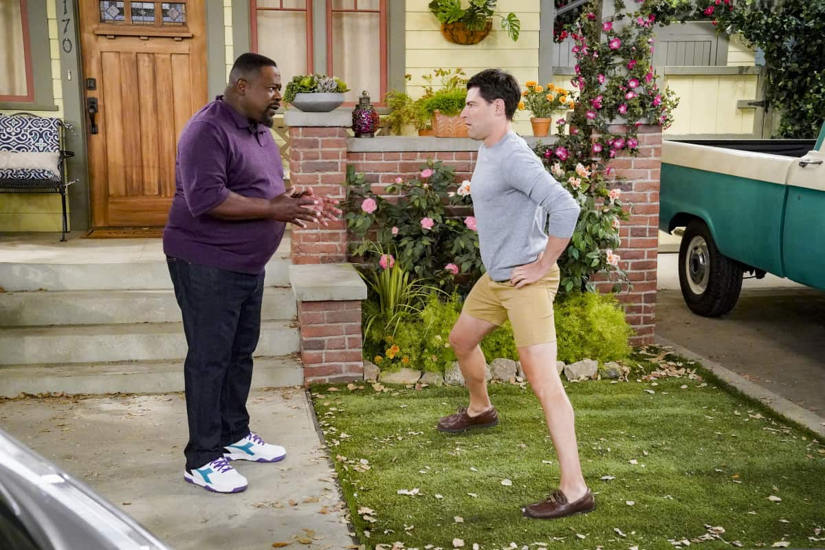 """THE NEIGHBORHOOD Season 4 Episode 2 """"Welcome to the Intervention"""" - Pictured: Cedric the Entertainer (Calvin Butler) and Max Greenfield (Dave Johnson). When a member of the community's behavior becomes increasingly erratic, Calvin and Dave step up to help. Also, Marty undergoes a dramatic makeover to impress a longtime crush, on THE NEIGHBORHOOD, Monday, Sept. 27 (8:00-8:30 PM, ET/PT) on the CBS Television Network and available to stream live and on demand on Paramount+. Photo: Monty Brinton/CBS ©2021 CBS Broadcasting, Inc. All Rights Reserved."""