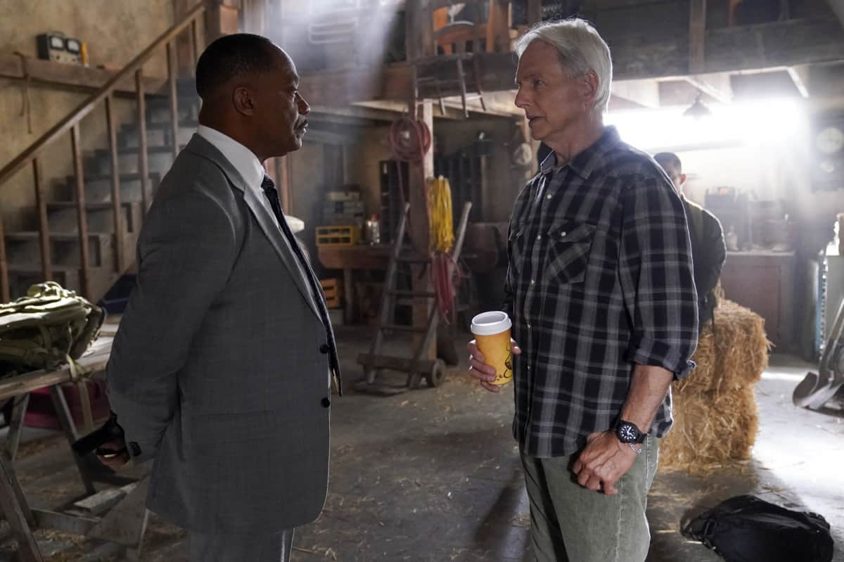"""NCIS Season 19 Episode 2 """"Nearly Departed"""" – While trying to find the serial killer Gibbs had been after, the NCIS team discover another person has been tracking the case as well, on NCIS, Monday, Sept. 27 (9:00-10:00 PM, ET/PT) on the CBS Television Network. Gary Cole joins the cast as FBI Special Agent Alden Parker. Pictured: Rocky Carroll as NCIS Director Leon Vance, Mark Harmon as NCIS Special Agent Leroy Jethro Gibbs.  Photo: Cliff Lipson/CBS ©2021 CBS Broadcasting, Inc. All Rights Reserved."""
