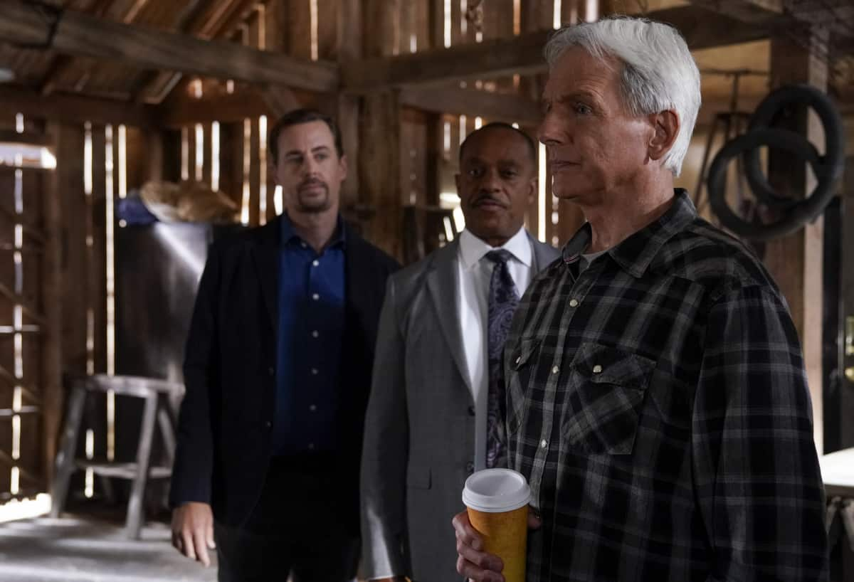 """NCIS Season 19 Episode 2 """"Nearly Departed"""" – While trying to find the serial killer Gibbs had been after, the NCIS team discover another person has been tracking the case as well, on NCIS, Monday, Sept. 27 (9:00-10:00 PM, ET/PT) on the CBS Television Network. Gary Cole joins the cast as FBI Special Agent Alden Parker. Pictured:  Sean Murray as NCIS Special Agent Timothy McGee, Rocky Carroll as NCIS Director Leon Vance, Mark Harmon as NCIS Special Agent Leroy Jethro Gibbs.  Photo: Cliff Lipson/CBS ©2021 CBS Broadcasting, Inc. All Rights Reserved."""