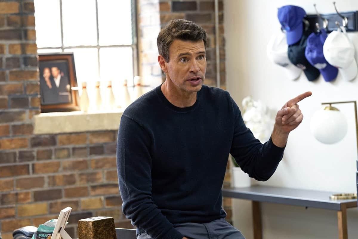 "THE BIG LEAP Season 1 Episode 2: Scott Foley in the ""Classic Tragic Love Triangle"" episode of THE BIG LEAP airing Monday, Sept. 27 (9:00-10:00PM ET/PT) on FOX. © 2021 FOX Media LLC. CR: Jean Whiteside/FOX."