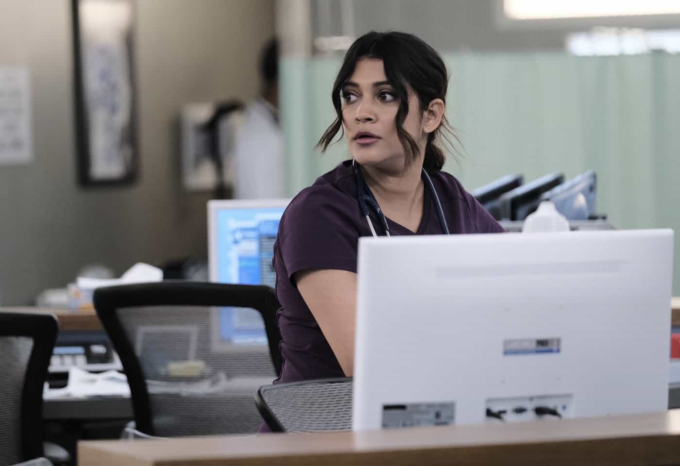 """THE RESIDENT Season 5 Episode 2: Anuja Joshi in the """"No Good Deed"""" season premiere episode of THE RESIDENT airing Tuesday, Sept. 28 (8:00-9:00 PM ET/PT) on FOX. ©2021 Fox Media LLC Cr: Guy D'Alema/FOX"""