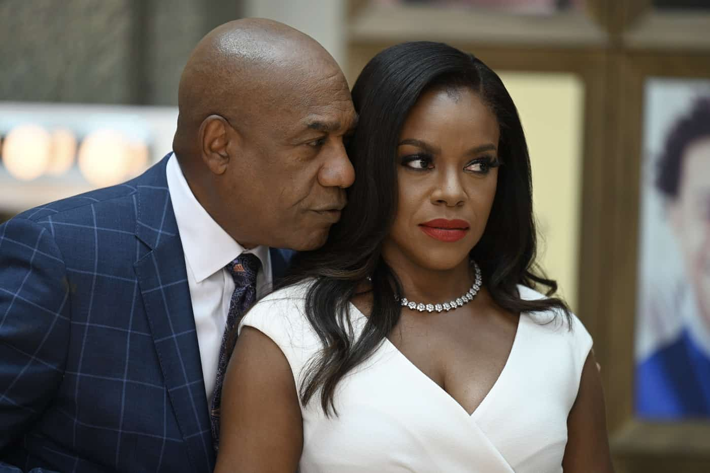 """OUR KIND OF PEOPLE Season 1 Episode 2: L-R: Joe Morton and Nadine Bass in the """"My Mother, Myself"""" episode of OUR KIND OF PEOPLE airing Tuesday, Sept. 28 (9:00-10:00 PM ET/PT) on FOX. ©2021 FOX MEDIA LLC. Cr: Brownie Harris/FOX."""