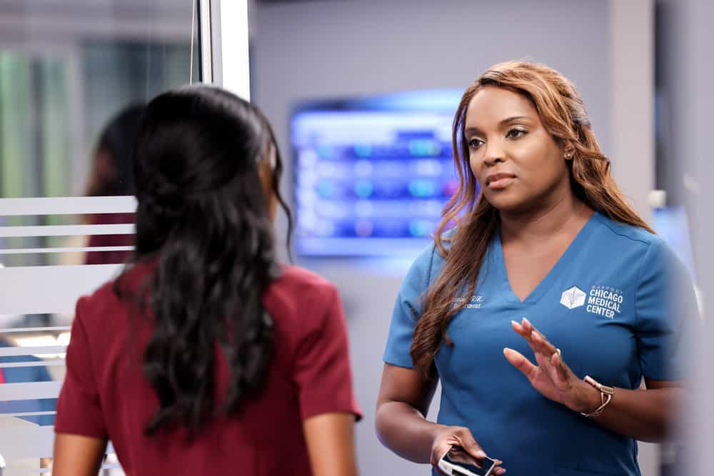 """CHICAGO MED Season 7 Episode 2 -- """"To Lean In Or To Let Go"""" Episode 702 -- Pictured: Marlyne Barrett as Maggie -- (Photo by: George Burns Jr/NBC)"""