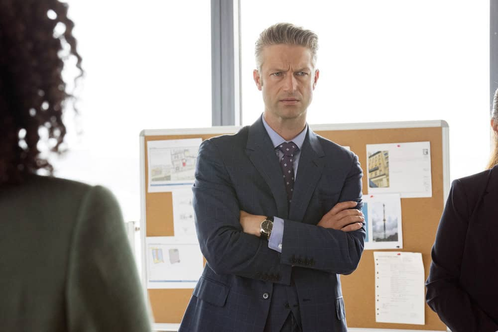 """LAW AND ORDER SVU Season 23 Episode 3 -- """"I Thought You Were on My Side"""" Episode 23002 -- Pictured: Peter Scanavino as Assistant District Attorney Sonny Carisi -- (Photo by: Virginia Sherwood/NBC)"""