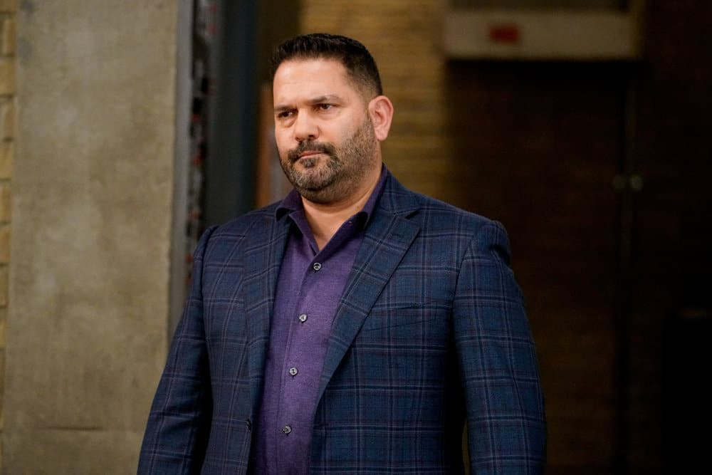 """LAW AND ORDER ORGANIZED CRIME Season 2 Episode 2 -- """"New World Order"""" Episode 202 -- Pictured: Guillermo Diaz as Sgt. Bill Brewster -- (Photo by: Bennett Raglin/NBC)"""