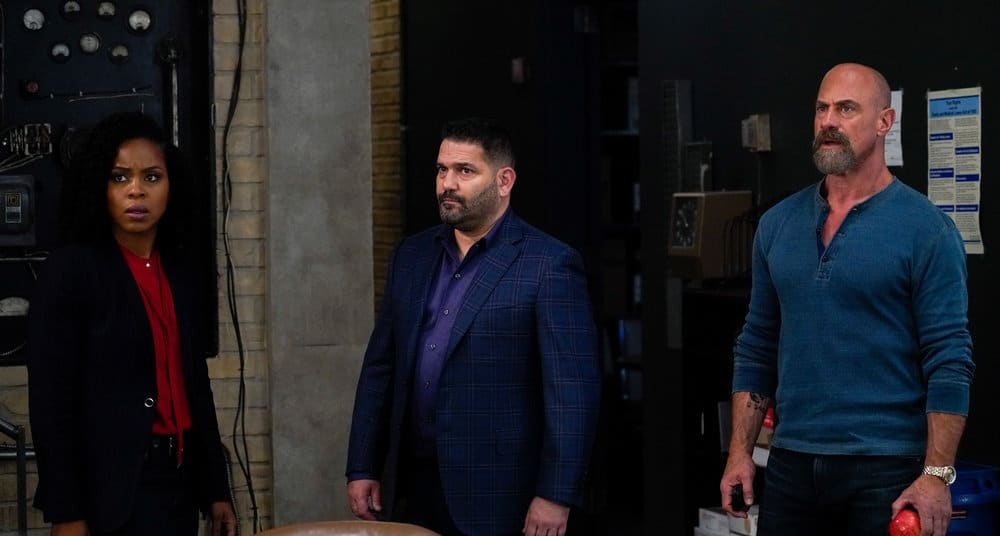 """LAW AND ORDER ORGANIZED CRIME Season 2 Episode 2 -- """"New World Order"""" Episode 202 -- Pictured: (l-r) Danielle Moné Truitt as Sgt. Ayanna Bell, Guillermo Diaz as Sgt. Bill Brewster, Christopher Meloni as Det. Elliot Stabler -- (Photo by: Bennett Raglin/NBC)"""