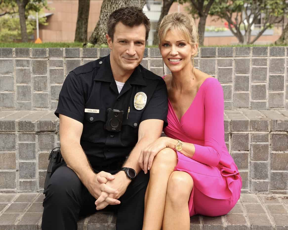 """THE ROOKIE Season 4 Episode 2 - """"Five Minutes"""" – Officer Nolan and Officer Chen's run-in with an infamous thief tips them off to a potentially big heist surrounding the Getty's big gala event. Meanwhile, Nolan works up the courage to ask Bailey out on date on an all-new episode of """"The Rookie,"""" SUNDAY, OCT. 3 (10:00-11:00 p.m. EDT), on ABC. (ABC/Raymond Liu) NATHAN FILLION, TRICIA HELFER"""