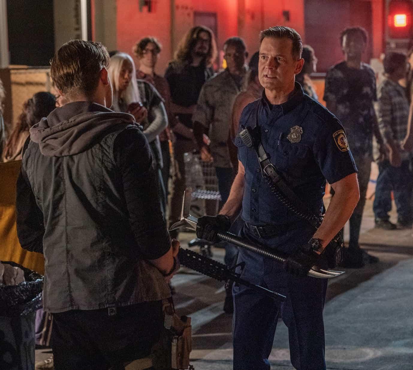 "911 Season 5 Episode 3 : Peter Krause in the ""Desperate Measures"" episode of 9-1-1 airing Monday, Oct. 4 (8:00-9:00 PM ET/PT) on FOX. © 2021 FOX MEDIA LLC. CR: Jack Zeman /FOX."