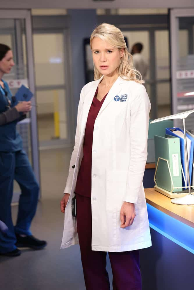 """CHICAGO MED Season 7 Episode 3 -- """"Be The Change You Want To See"""" Episode 703 -- Pictured: Kristin Hager as Dr. Stevie Hammer -- (Photo by: George Burns Jr/NBC)"""