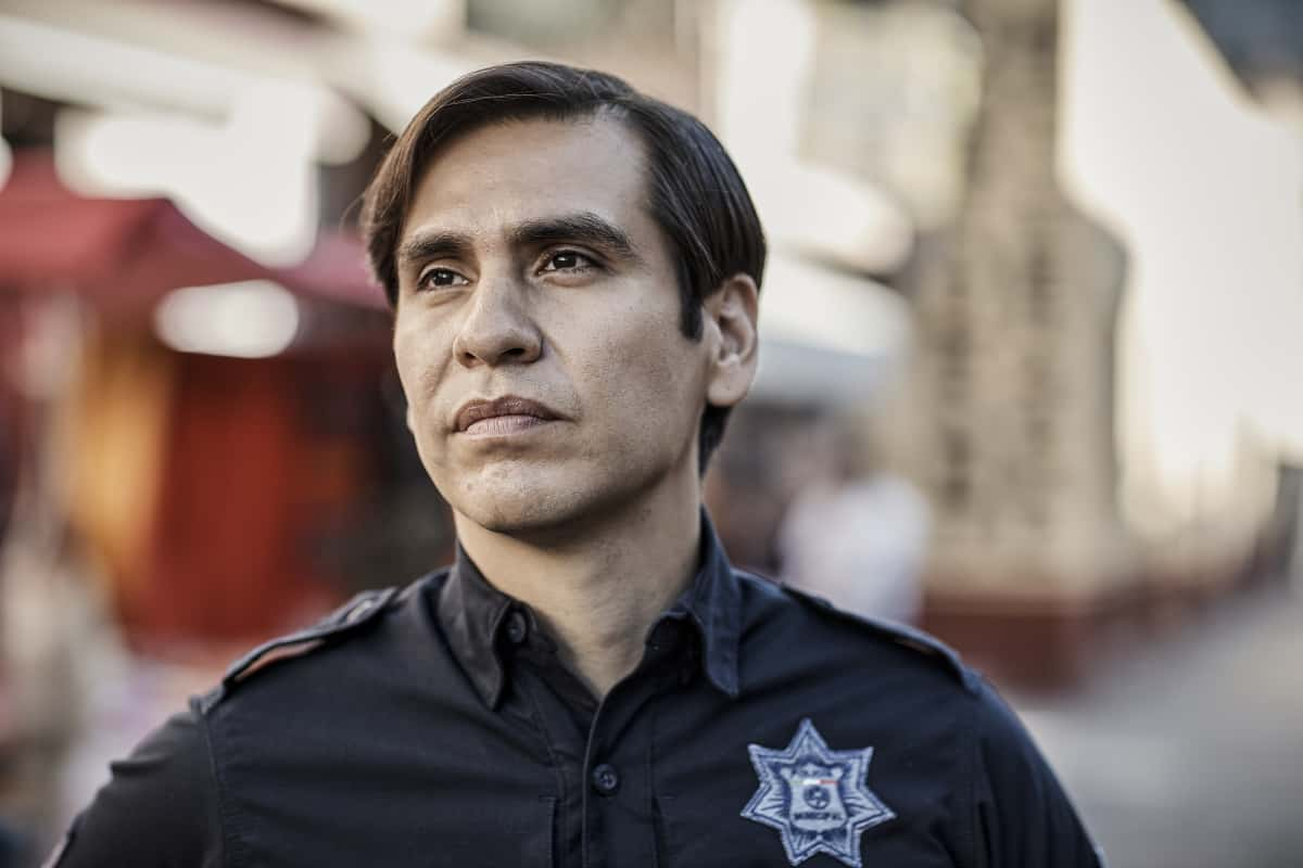 """SWAT Season 5 Episode 2 """"Madrugada"""" – Still in Mexico, Hondo teams up with a local cop for a dangerous rescue mission, only to find himself with a target on his back. Also, back in Los Angeles, Hicks considers disbanding the team for good, on the CBS Original series S.W.A.T., Friday, Oct. 8 (8:00-9:00 PM, ET/PT) on the CBS Television Network, and available to stream live and on demand on Paramount+.   Pictured (L-R): Jose Maria Aguila as Juan """"Charro"""" Vargas. Photo: Pepe Molina/© 2021 Sony Pictures Television. All Rights Reserved."""