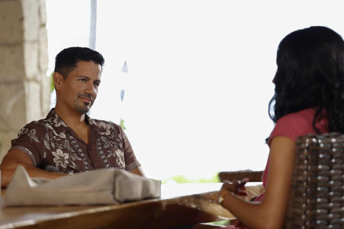 """MAGNUM P.I. Season 4 Episode 2 """"The Harder They Fall"""" While Magnum and Higgins reunite and work the case of a construction workerÕs tragic death, TC and Shammy get skyjacked by a pair of drug runners posing as tourists, on MAGNUM P.I., Friday, Oct. 8 (9:00-10:00 PM, ET/PT) on the CBS Television Network and available to stream live and on demand on Paramount+. Pictured L-R: Jay Hernandez as Thomas Magnum and Shinelle Azoroh as Alani Brown Photo: Zack Dougan/CBS ©2021 CBS Broadcasting, Inc. All Rights Reserved."""