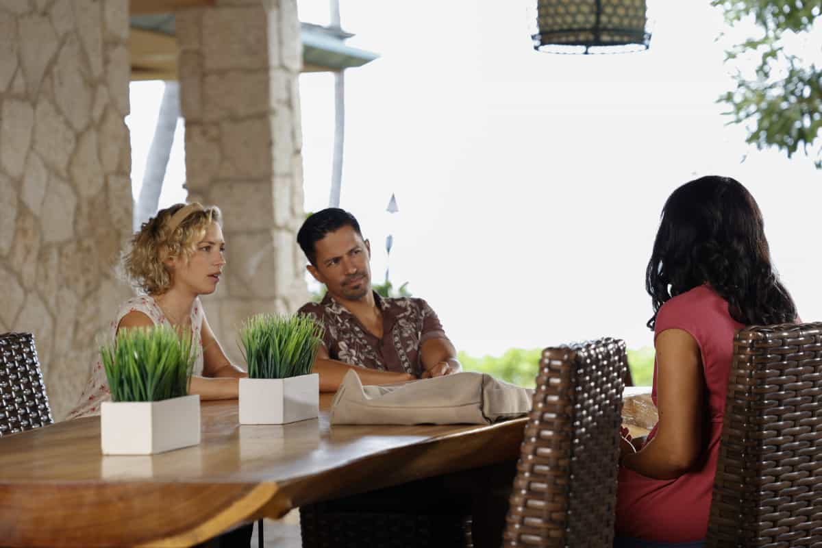 """MAGNUM P.I. Season 4 Episode 2 """"The Harder They Fall"""" While Magnum and Higgins reunite and work the case of a construction workerÕs tragic death, TC and Shammy get skyjacked by a pair of drug runners posing as tourists, on MAGNUM P.I., Friday, Oct. 8 (9:00-10:00 PM, ET/PT) on the CBS Television Network and available to stream live and on demand on Paramount+. Pictured L-R: Perdita Weeks as Juliet Higgins, Jay Hernandez as Thomas Magnum, and Shinelle Azoroh as Alani Brown Photo: Zack Dougan/CBS ©2021 CBS Broadcasting, Inc. All Rights Reserved."""
