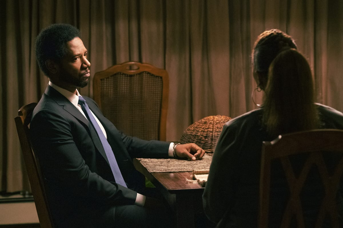"""THE EQUALIZER Season 2 Episode 1 """"Aftermath"""" – Just as McCall considers ending her work as The Equalizer, she's pulled back in when she takes on Detective Marcus Dante as a new client who needs her help to find an untraceable group of bank robbers, on the second season premiere of THE EQUALIZER, Sunday, Oct. 10 (8:00-9:00 PM, ET/PT) on the CBS Television Network, and available to stream live and on demand on Paramount+. Pictured: Tory Kittles as Detective Marcus Dante  Photo: Mary Kouw/CBS ©2021 CBS Broadcasting, Inc. All Rights Reserved."""