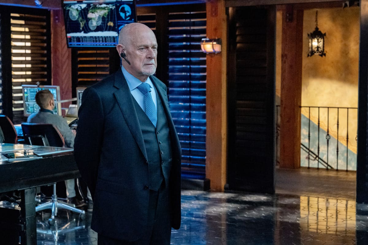 """NCIS LOS ANGELES Season 13 Episode 1 """"Subject 17"""" - Pictured: Gerald McRaney (Retired Admiral Hollace Kilbride). While Callen suspects Hetty of keeping secrets about his past and Joelle surfaces in her quest to capture Katya, NCIS must track down an informant whose life is in danger.  Also, Kensi and Deeks work to expand their family, on the 13th season premiere of NCIS: LOS ANGELES, Sunday, Oct. 10 (9:00-10:00 PM, ET/PT) on the CBS Television Network and available to stream live and on demand on the CBS app and Paramount+. Robert Voets/CBS ©2021 CBS Broadcasting, Inc. All Rights Reserved."""