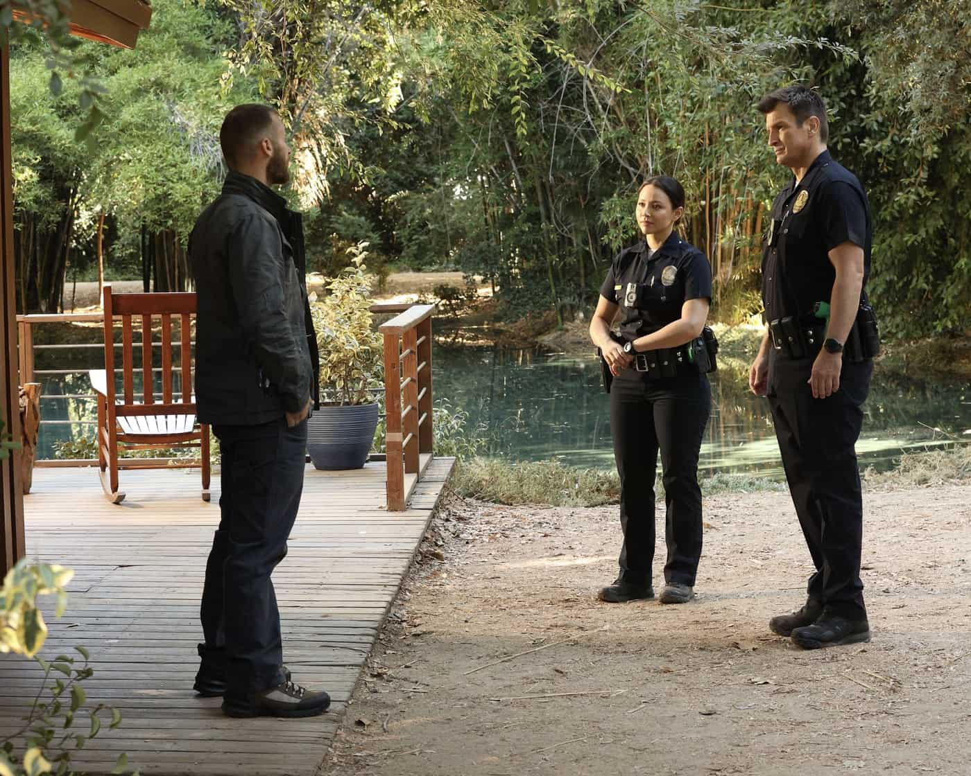 """THE ROOKIE Season 4 Episode 3 - """"In the Line of Fire"""" – Officer Nolan and officer Chen report to a structure fire and suspect that there is more to the situation than meets the eye. Meanwhile, after witnessing a sniper shooting, the team searches for the shooter and discovers that the perpetrator has a connection to one of their own, on an all-new episode of """"The Rookie SUNDAY, OCT. 10 (10:00-11:00 p.m. EDT), on ABC. (ABC/Raymond Liu) MELISSA O'NEIL, NATHAN FILLION"""