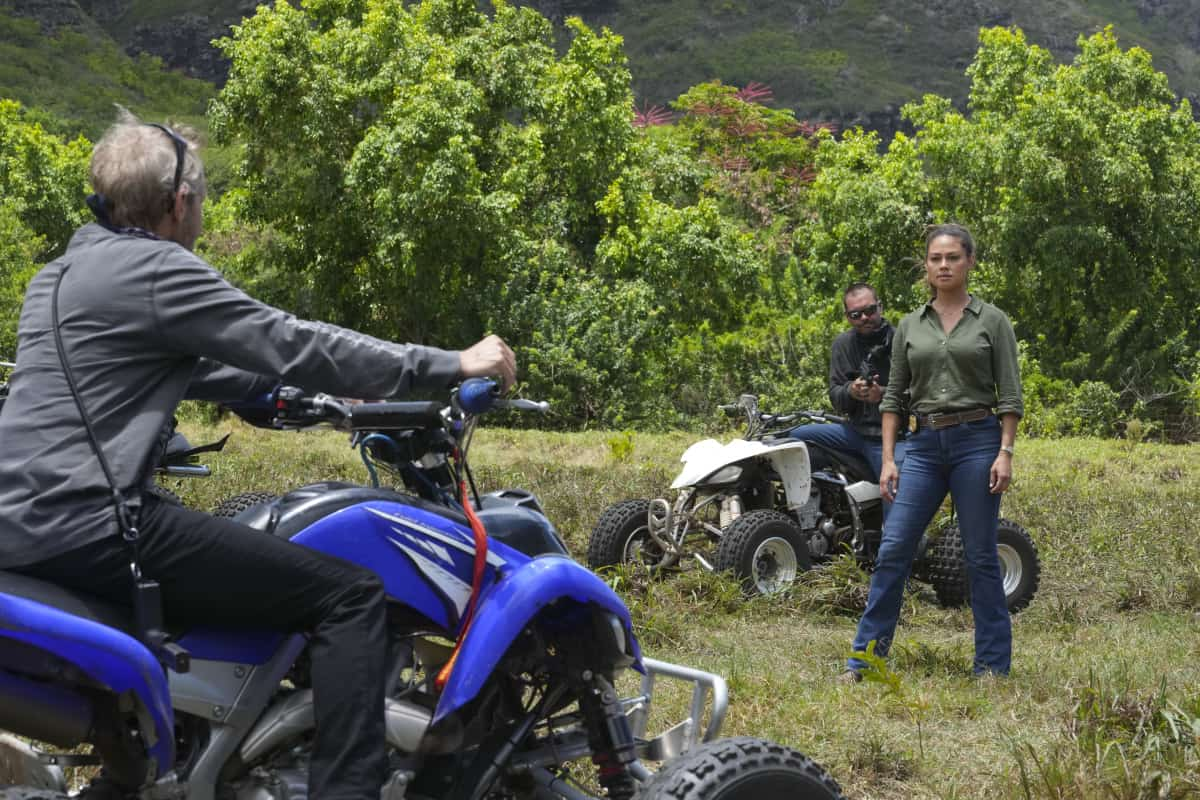 """NCIS HAWAII Season 1 Episode 4 """"Paniolo"""" – When a beloved Paniolo (Hawaiian cowboy) is shot while out riding his horse, Jane and her team must gain the trust of the Paniolo community to help find the culprits and protect the Paniolo's life. Also, Kai tries to convince his stubborn father to see a doctor, on NCIS: HAWAI`I, Monday, Oct. 11 (10:00-11:00 PM, ET/PT) on the CBS Television Network, and available to stream live and on demand on Paramount+. Pictured: Vanessa Lachey as Special Agent in Charge Jane Tennant.  Photo: Karen Neal/CBS ©2021 CBS Broadcasting, Inc. All Rights Reserved."""