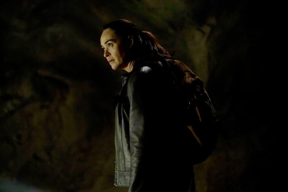 "LA BREA Season 1 Episode 3 -- ""The Hunt"" Episode 103 -- Pictured: Karina Logue as Marybeth Hayes -- (Photo by: Sarah Enticknap/NBC)"