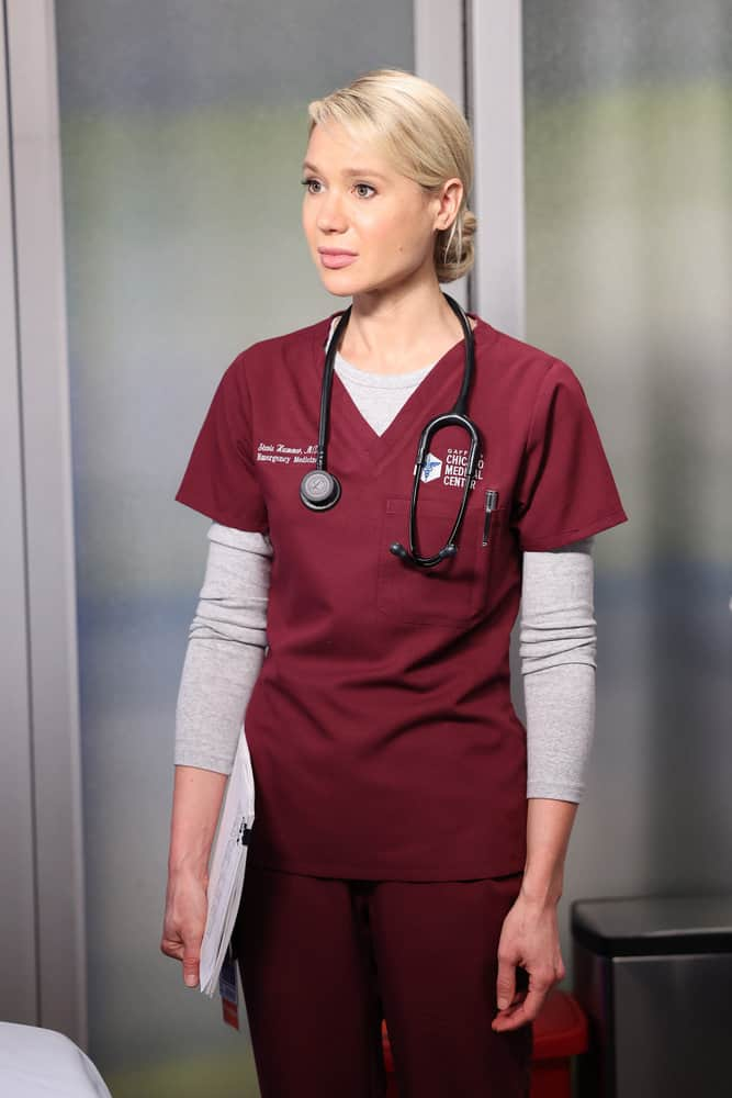 """CHICAGO MED Season 7 Episode 4 -- """"Status Quo, aka The Mess We're In"""" Episode 704 -- Pictured: Kristin Hager as Dr. Stevie Hammer -- (Photo by: George Burns Jr/NBC)"""