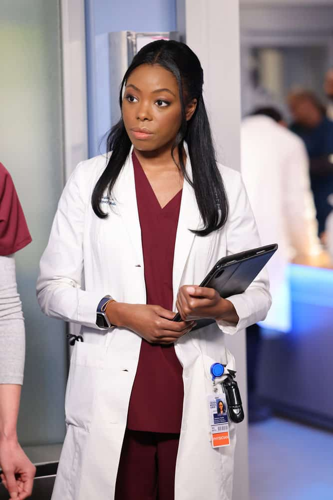 """CHICAGO MED Season 7 Episode 4 -- """"Status Quo, aka The Mess We're In"""" Episode 704 -- Pictured: Asjha Cooper as Vanessa Taylor -- (Photo by: George Burns Jr/NBC)"""