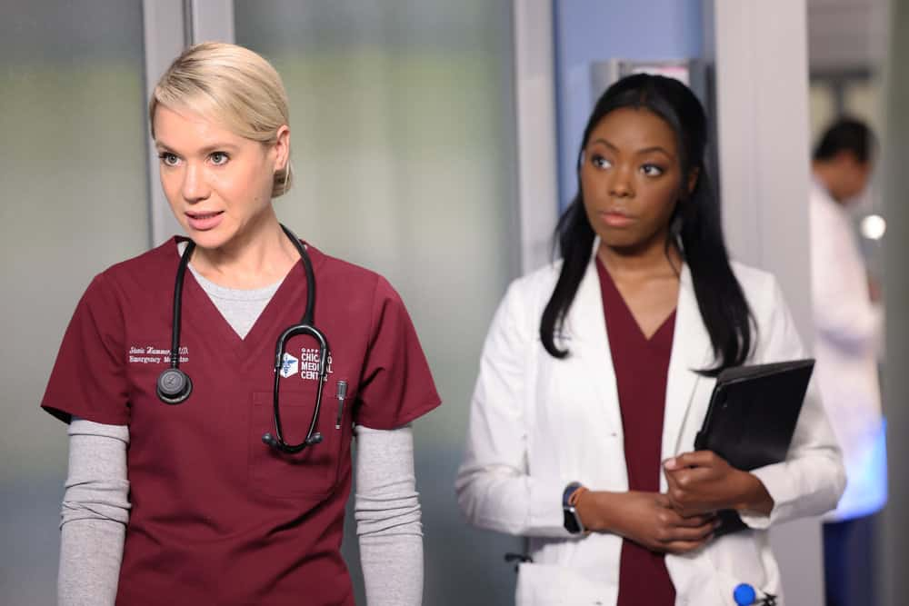 """CHICAGO MED Season 7 Episode 4 -- """"Status Quo, aka The Mess We're In"""" Episode 704 -- Pictured: (l-r) Kristin Hager as Dr. Stevie Hammer, Asjha Cooper as Vanessa Taylor -- (Photo by: George Burns Jr/NBC)"""