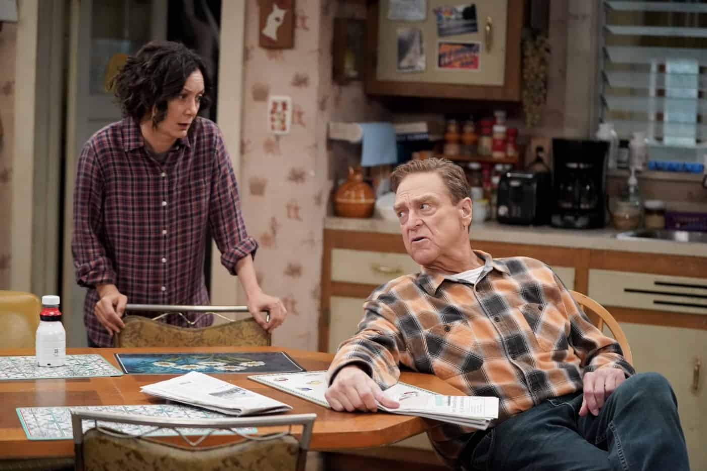 """THE CONNERS Season 4 Episode 4 - """"The Wedding of Dan and Louise"""" – It's Dan and Louise's wedding day, but it's a far-from-perfect walk down the aisle, especially when a weather report forecasts that a tornado is headed for Lanford creating chaos and surprises on """"The Conners,"""" WEDNESDAY, OCT. 13 (9:00-9:31 p.m. EDT), on ABC. (ABC/Eric McCandless) SARA GILBERT, JOHN GOODMAN"""